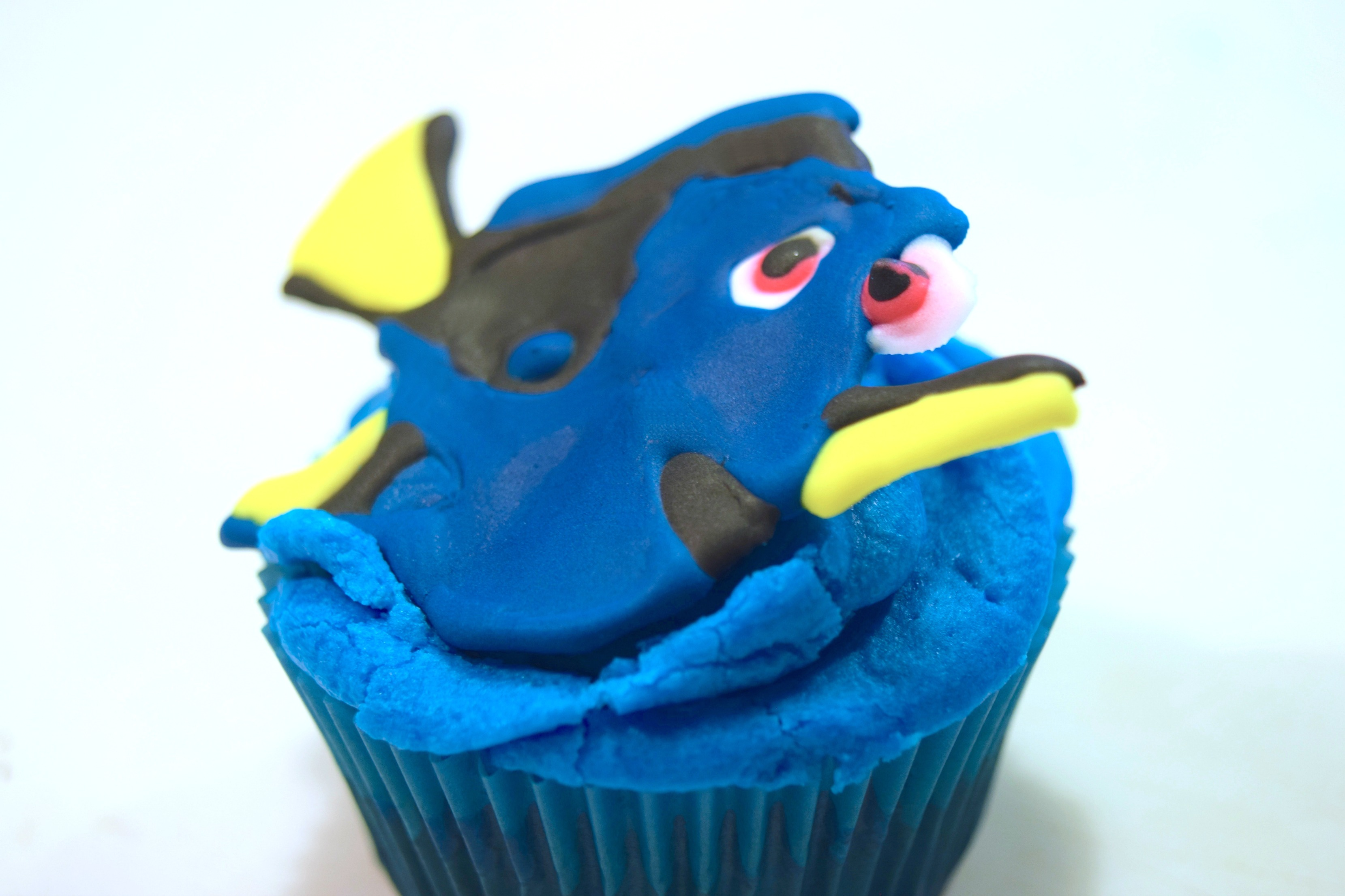 Finding Dory Cupcake Tutorial *VIDEO*